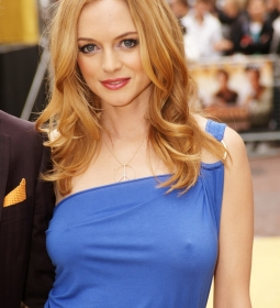 heathergraham nipples redcarpet 03