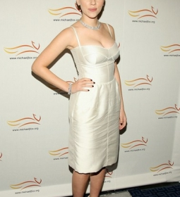 scarlettjohansson redcarpet dress 10